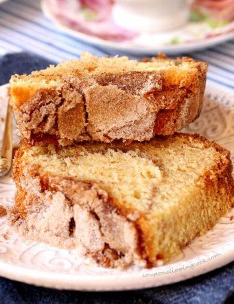 Homemade Sour Cream Coffee Cake