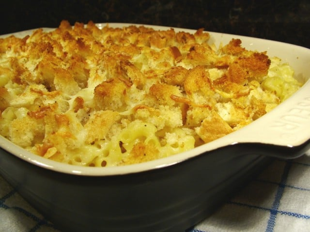 Croutons on Macaroni and Cheese
