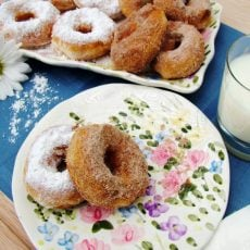 Super-Simple-Donuts-WEB