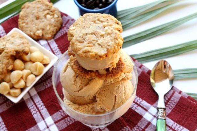 Macadamia Nut Cookies with Ice Cream