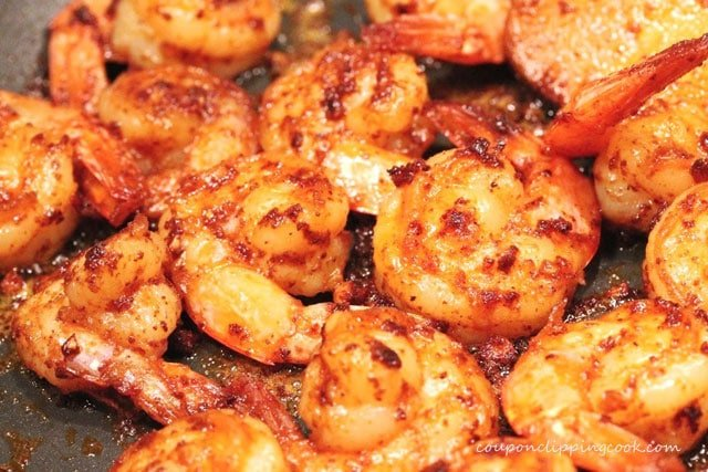 Cooked shrimp in pan
