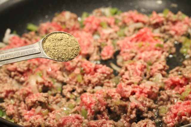 Pepper in Ground Beef in pan