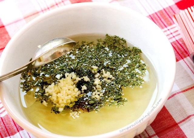 Diced Garlic in Olive Oil