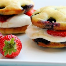Blueberry Pancake Whoopie Pies