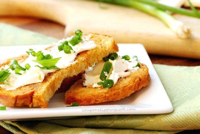 Cream Cheese Crouton Toast