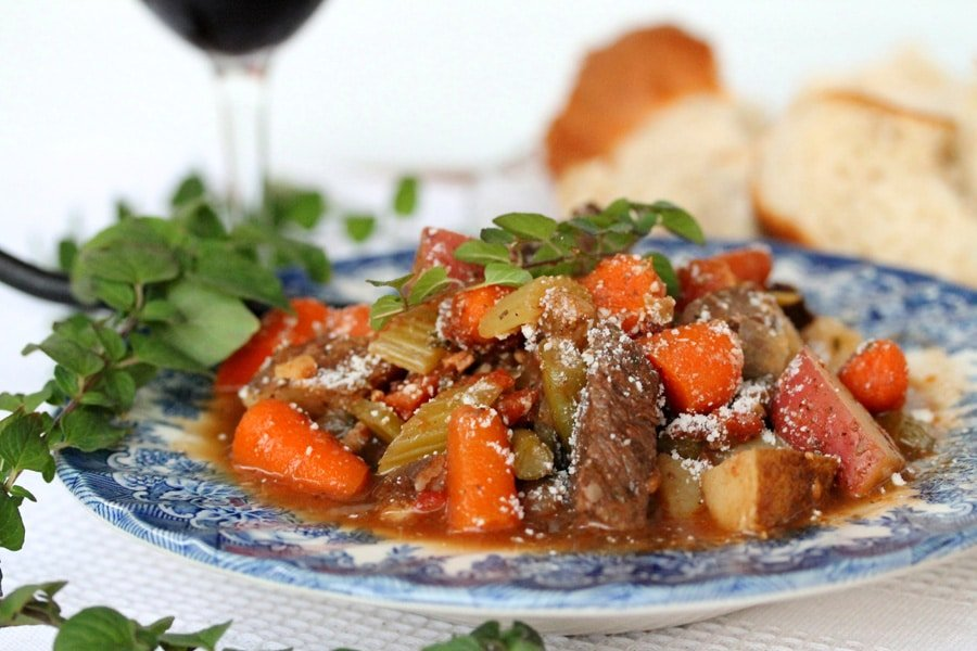 Oregano and Red Wine Beef Stew | Coupon Clipping Cook