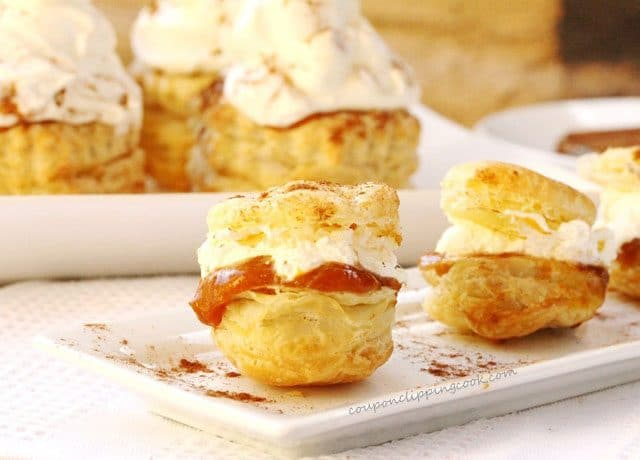 Pumpkin Pudding Puff Pastry Bites