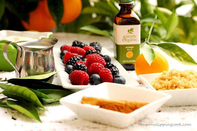 Berries and Cinnamon Sauce Ingredients
