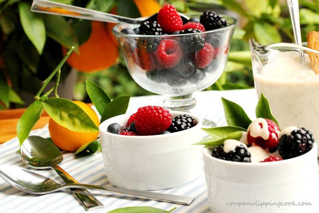 Berries with Cinnamon Cream Sauce