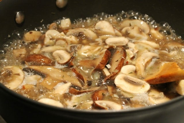 Cook Chicken and Mushrooms