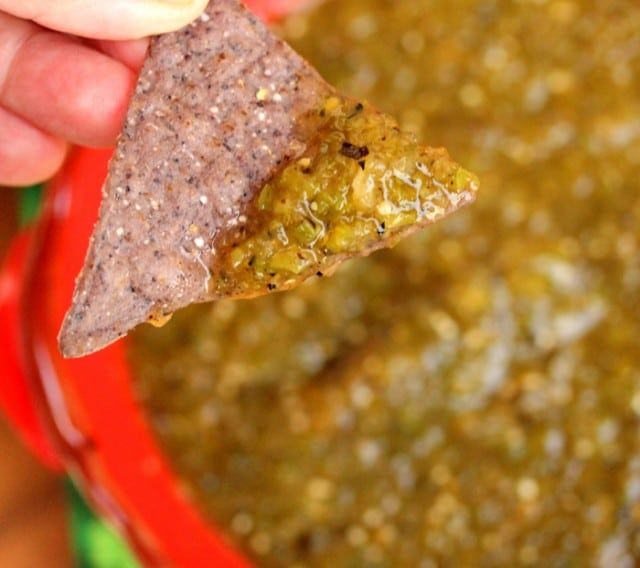 Green Tomatillo Salsa with Chip
