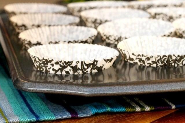 Cupcake Liners in Pan