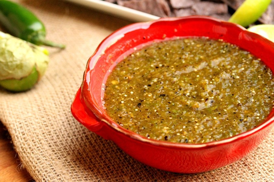 4-Roasted-tomatillo-green-chili salsa