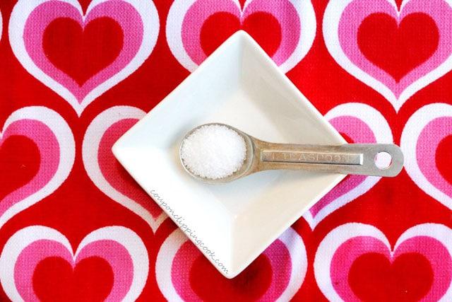 Salt in Teaspoon in bowl