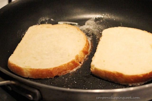 Sliced bread in skillet