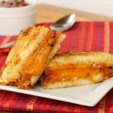 21-Chili-Grilled-Cheese-Sandwich