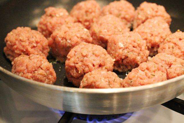 Cook Meatballs in Skillet
