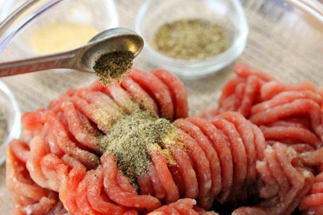 Add Pepper on Ground Pork