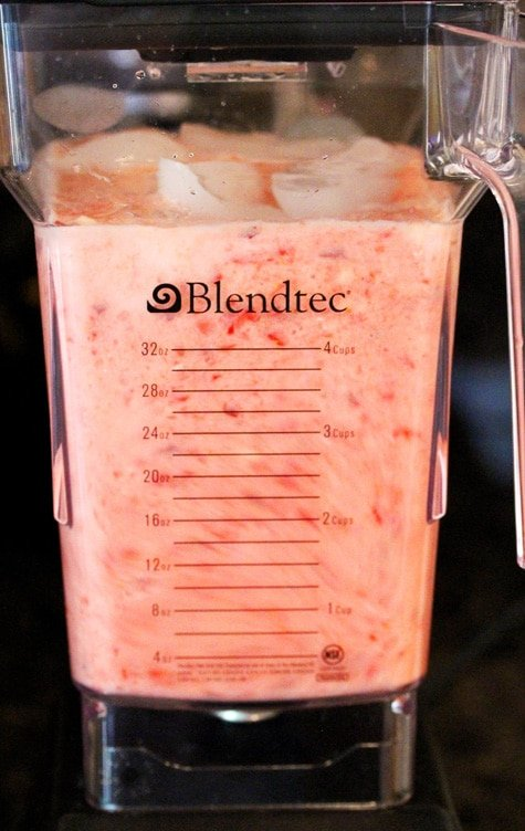 Blend Peach Berry Smoothie