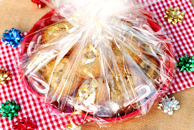 Holiday Cookie Packaging in Tray with Cookies
