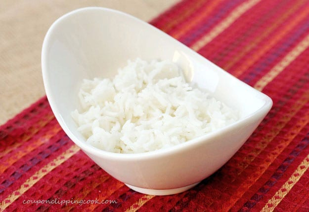 Cooked white rice in bowl