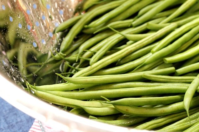 1-rinse-green-beans