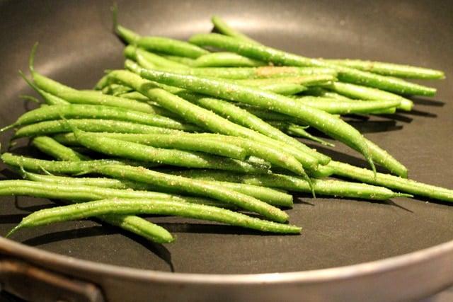 Green beans in skillet
