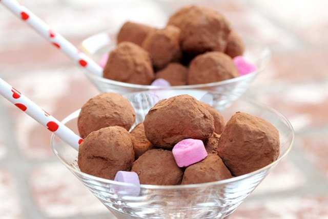 18 Coffee and Orange Chocolate Truffles
