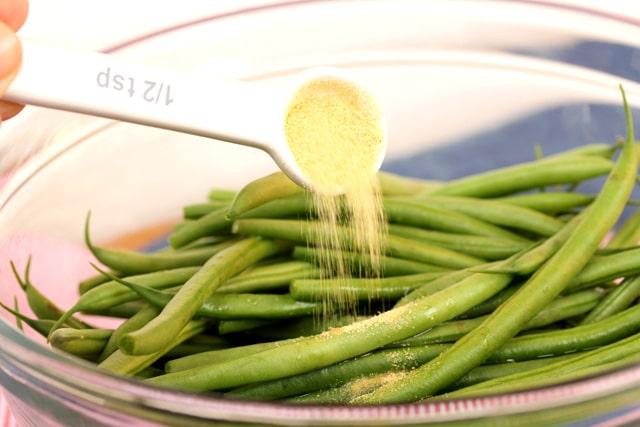 Add granulated garlic on green beans