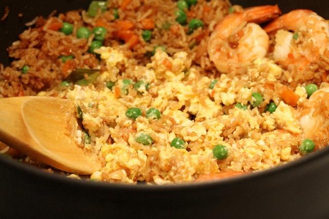 16-stir-eggs-with-rice