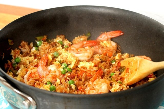 17-shrimp-and-rice-in-pan