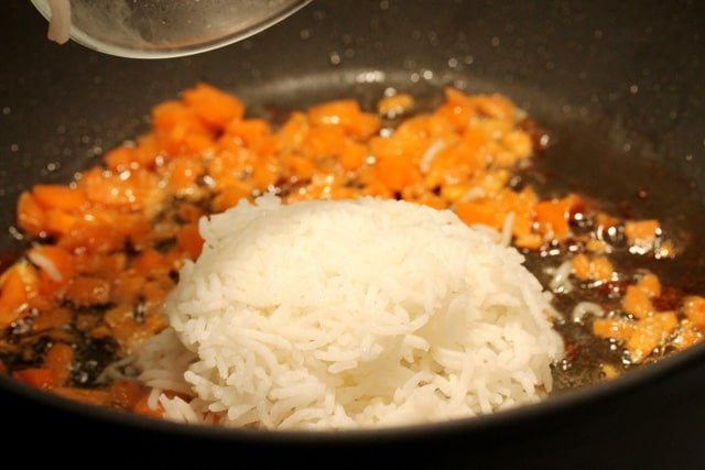 7-add-carrots-and-rice