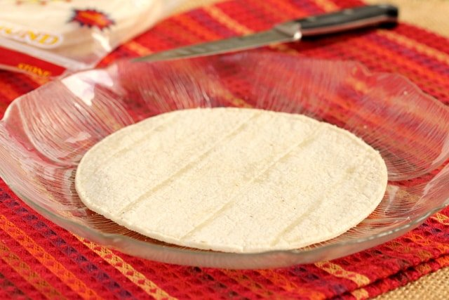 7-corn-tortilla-on-plate