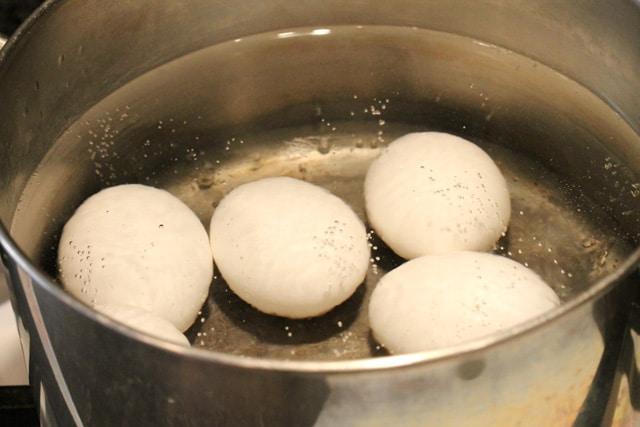 1-boil-eggs