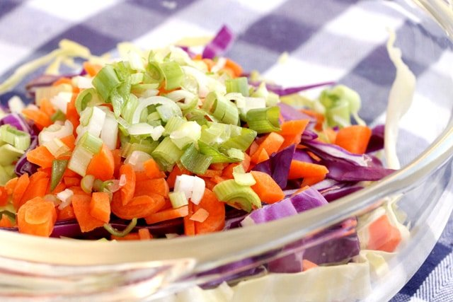 4-add-slaw-veggies-to-bowl