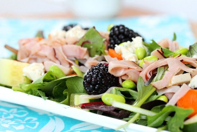 3-Blackberries-and-Blue-Cheese-Ham-Salad