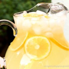 Homemade Lemonade with Ice