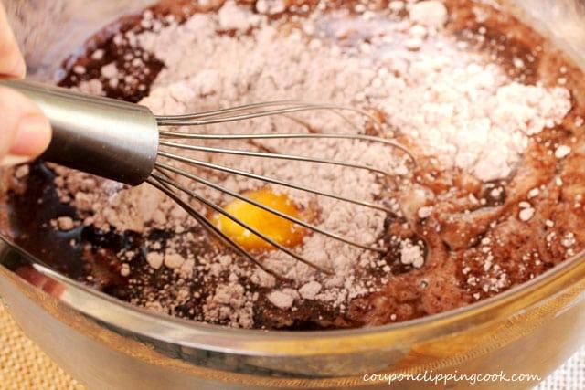 7-mix-cake-batter