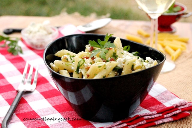 Pasta with Crumbled Blue Cheese and Bacon