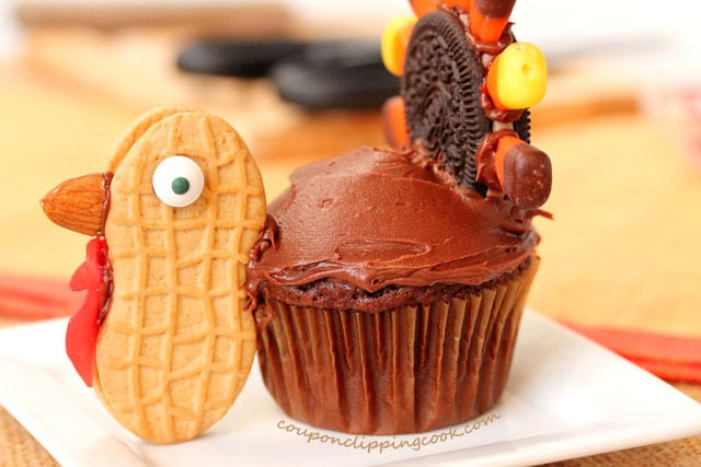 14-thanksgiving-turkey-cupcake