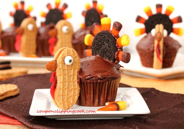 21-Thanksgiving-Turkey-Cupcakes