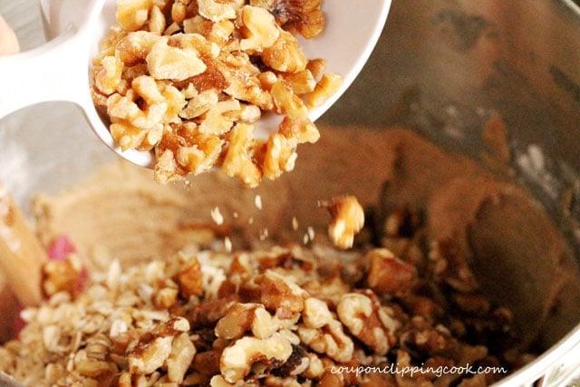 19-add-walnuts-to-bowl
