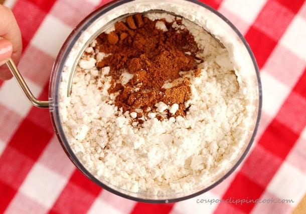 8-sift-flour-mixture