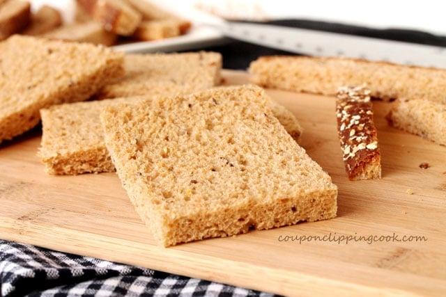 1-cut-crust-off-bread