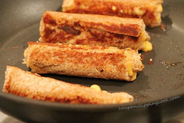 15-grill-cheese-roll-ups