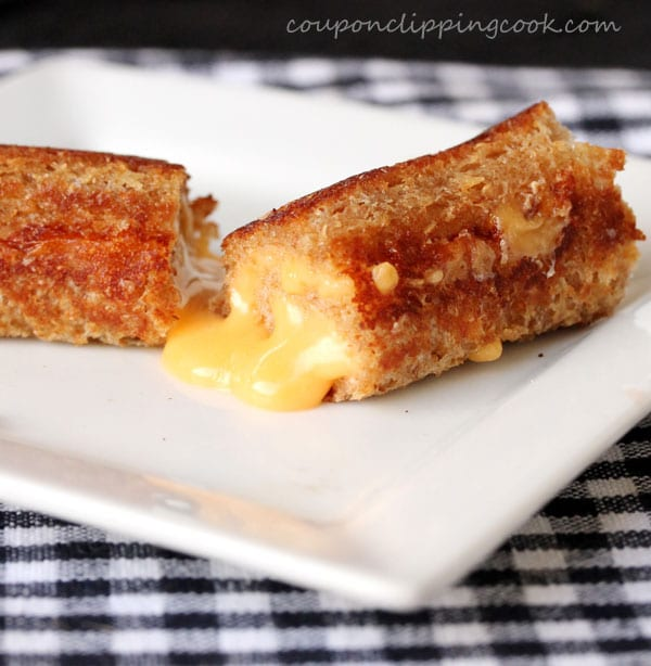 21-grilled-cheese-roll-ups
