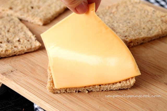 5-add-cheese-to-bread