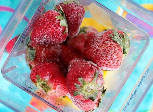 7-add-strawberries-to-blender
