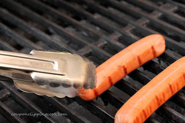 21-hot-dog-on-grill