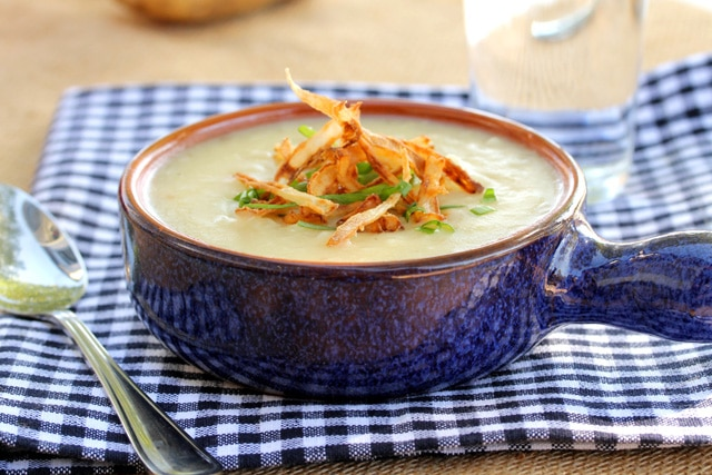 5-roasted-garlic-potato-soup